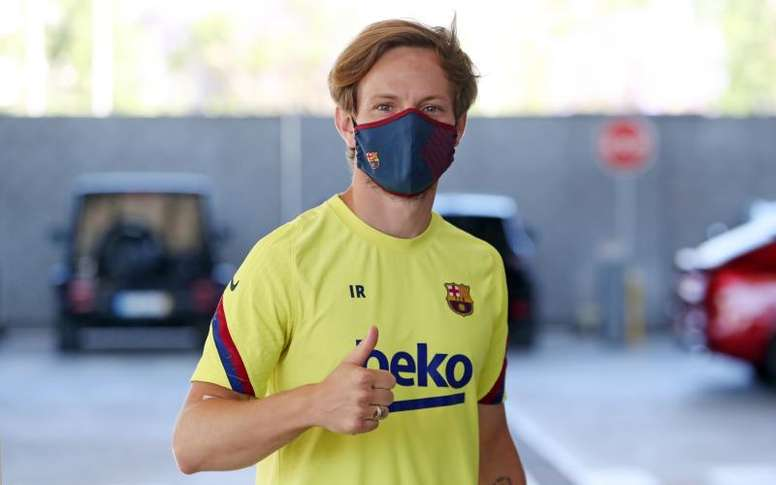 Barça will not pave the way for Rakitic to return to Sevilla. EFE
