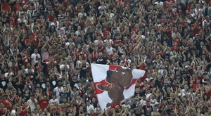 Dinamo Bucharest could avoid relegation. EFE