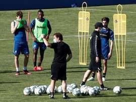 Último entrenamiento de Osasuna en grupos. EFE