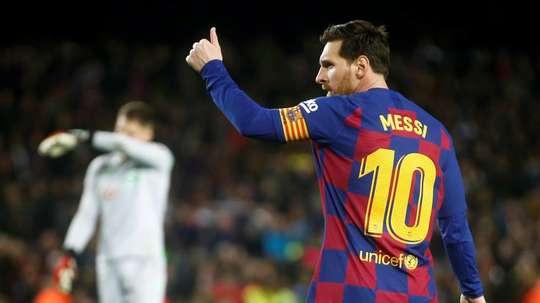 Japan's trendy man who aspires to be like Messi, Salah, Hazard or Sterling. EFE