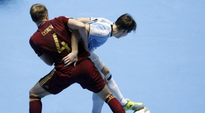 La FIFA modifica algunas reglas del fútbol sala. EFE