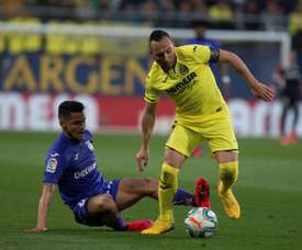 Santi Cazorla, meia do Villarreal, alvo do interesse de Xavi para o Al Sadd. EFE /Domenech Castelló
