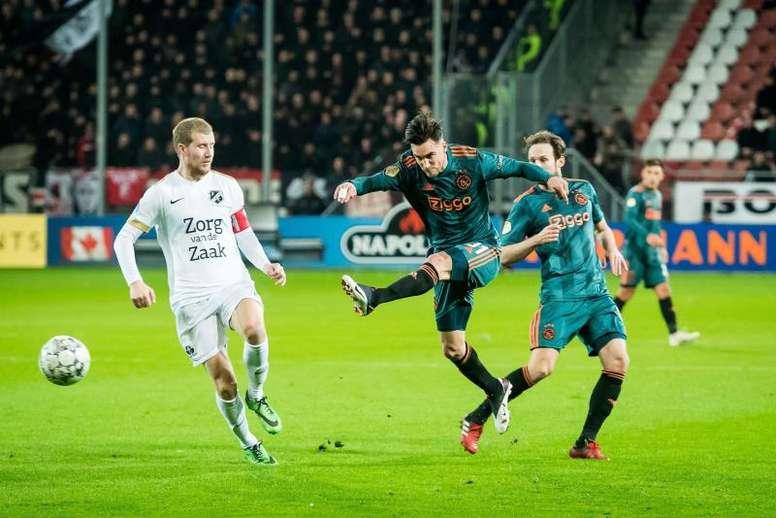 El Ajax pedía 26 millones de euros por Tagliafico. EFE