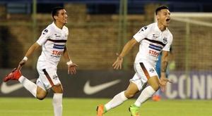 O futebol do Paraguai sofre atraso. EFE/Andrés Cristaldo