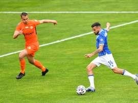 Dani Ramírez, de penalti, salva al Lech Poznan de la derrota. EFE