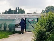Balotelli se defendió de los ataques del Brescia e invitó a que lo vean entrenar. EFE/Archivo