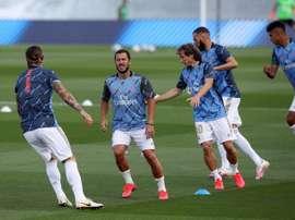 Zidane respira aliviado no treinamento. EFE/ Kiko Huesca