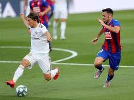 Modric e Mendy cumprem suspensão contra o Espanyol. EFE