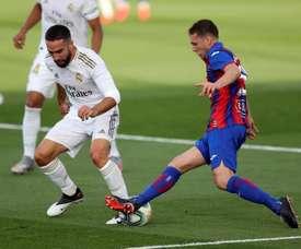 Dani Carvajal teve de ser substituído contra o Eibar e trabalhou separadamente. EFE/ Kiko Huesca