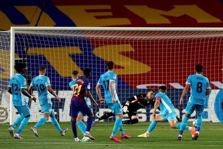Neither Messi nor Suarez; Ansu Fati is the most clinical striker for Barca. EFE/Alberto Estevez