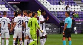 Mohammed Salisu (2d) tiene que elegir entre la Premier o la Ligue 1. EFE/Archivo