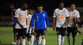 Corinthians sigue escalando a costa de un mermado Sport Recife. EFE
