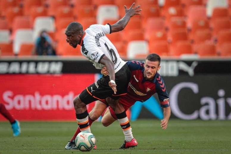 El Valencia sancionará a Kondogbia por sus críticas a Murthy. EFE/Biel Aliño