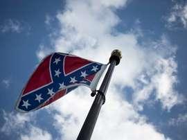Vista de una bandera confederada en EE.UU. EFE/John Taggart/Archivo