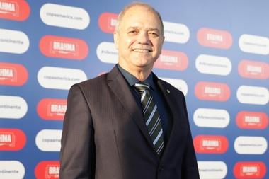 El presidente del Comité Olímpico de Venezuela (COV) Eduardo Álvarez habla en una entrevista con Efe el 18 de junio de 2020 en Caracas (Venezuela). EFE/Miguel Gutiérrez