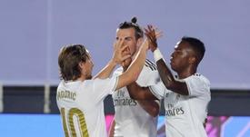Vinicius e Modric estão entre os titulares do Real Madrid para enfrentar o Getafe. EFE/JuanJo Martín