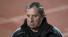 Argentina's '86 World Cup coach Bilardo in hospital after positive coronavirus test. EFE