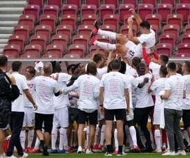 Stuttgart de retour en Bundesliga, Hambourg attendra. EFE