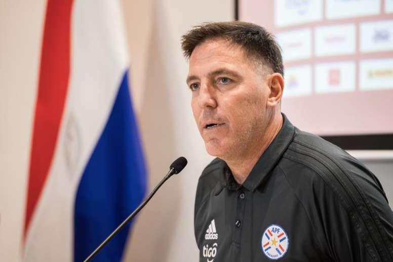 Paraguay suma internacionales a sus entrenamientos. EFE