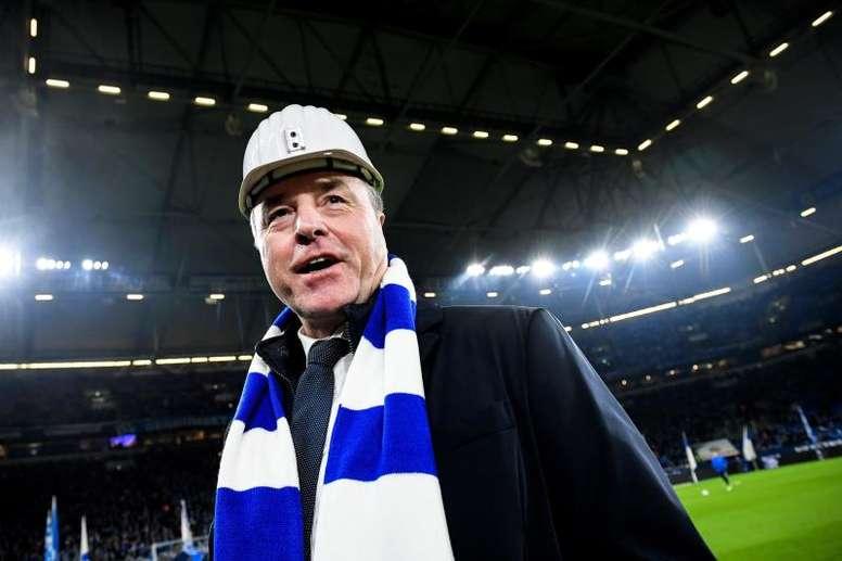 El presidente de Vigilancia del Schalke 04 renuncia tras un brote de COVID-19. EFE/Archivo