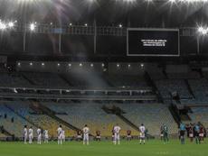 Río de Janeiro da marcha atrás con el fútbol con público. EFE