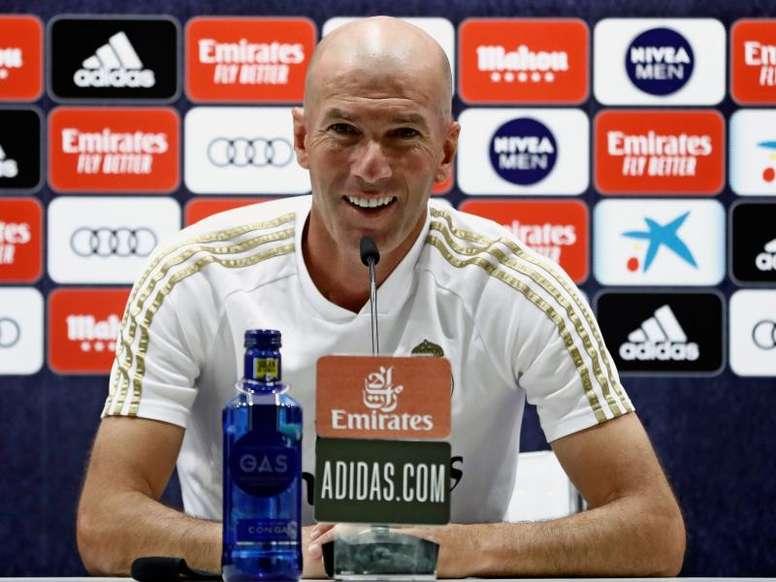 Zidane en conférence de presse d'avant-match. EFE
