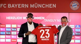 O Bayern de Munique anunciou a contratação de Tanguy Kouassi. EFE/EPA/Alexander Hassenstein