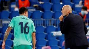 James volta a despertar o interesse do United. EFE/Juan Herrero
