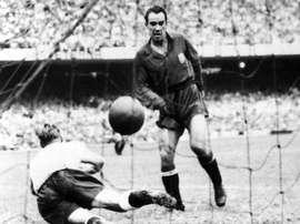 Nadie ha olvidado aquel gol de Telmo Zarra. EFE