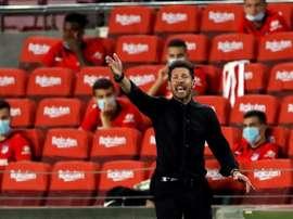Simeone es consciente de lo que implica cada minuto de juego. EFE