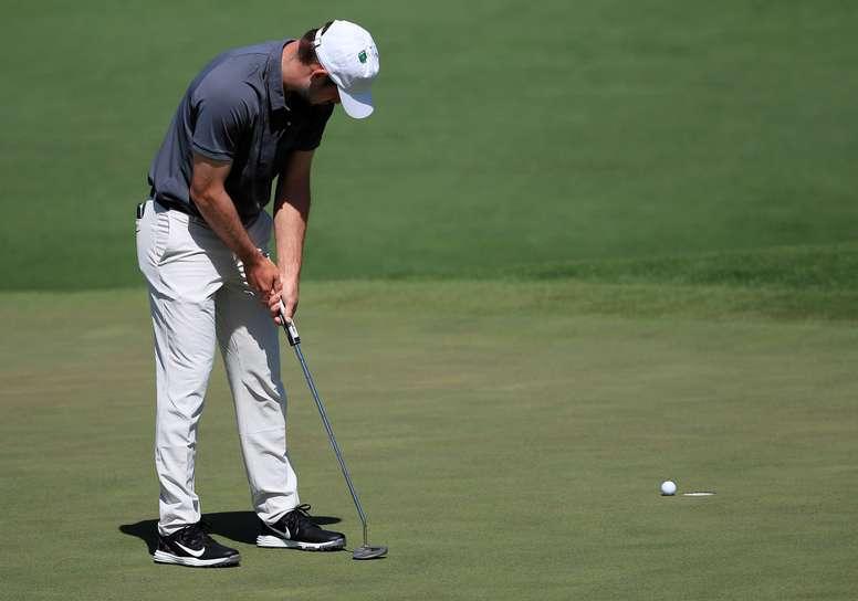 Redman, de 22 años, otra de las jóvenes promesas del golf estadounidense, encontró su mejor momento en la segunda mitad del recorrido, donde hizo 7 birdies, después de haberlo iniciado en el décimo hoyo con un bogey. EFE/Tannen Maury/Archivo