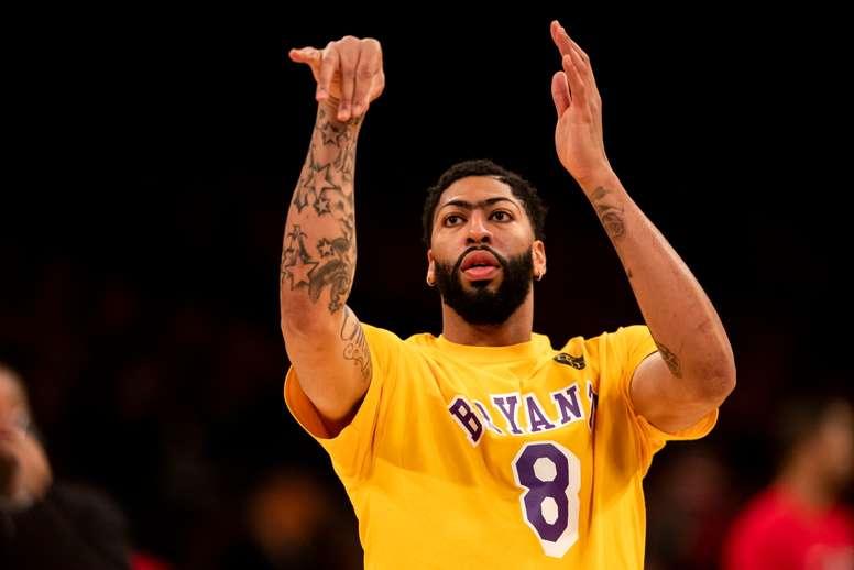 El pívot estelar de Los Angeles Lakers, Anthony Davis. EFE/EPA/ETIENNE LAURENT/Archivo