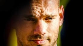 Sneijder también podría volver a los terrenos de juego. EFE