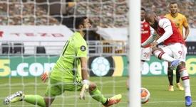 El Arsenal doma a los Wolves para discutirles la zona europea. AFP