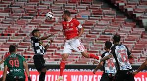 El Benfica metió presión al Oporto. EFE