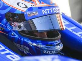 En la imagen un registro del piloto neozelandés Scott Dixon, quien este sábado se impuso en el Indianapolis Motor Speedway, triunfo que no alcanzaba desde 2008. EFE/Tannen Maury/Archivo