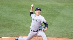 En la imagen un registro del lanzador japonés de los Yanquis de Nueva York, Masahiro Tanaka.  EFE/CJ Gunther/Archivo