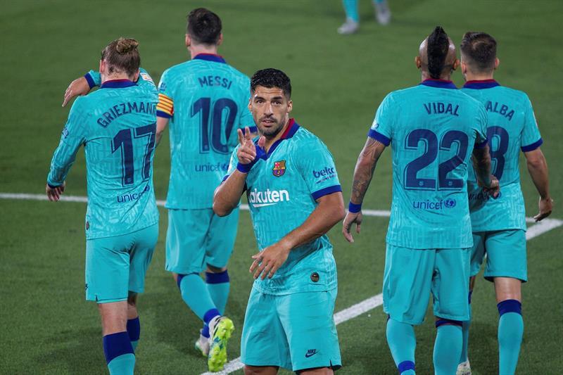 Suarez envoie un message à la direction — Barça
