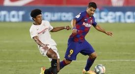 El Barça aún tiene que acordar la rescisión de contrato de Luis Suárez. EFE