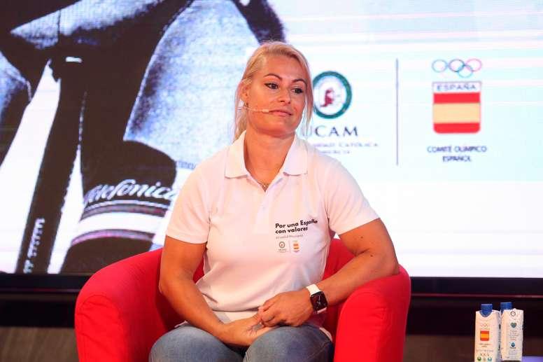 Lydia Valentín, campeona olímpica, del mundo y de Europa de halterofilia, durante la presentación este martes de la campaña Por una España con valores, en un acto celebrado en la sede del COE en Madrid. EFE/Rodrigo Jiménez