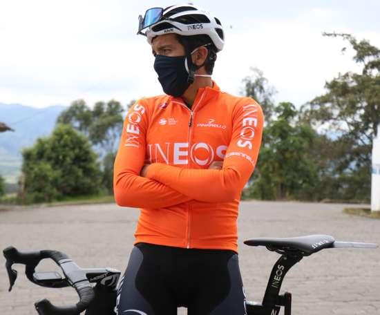 En la imagen el ciclista ecuatoriano Richard Carapaz. EFE/ Xavier Montalvo / Archivo