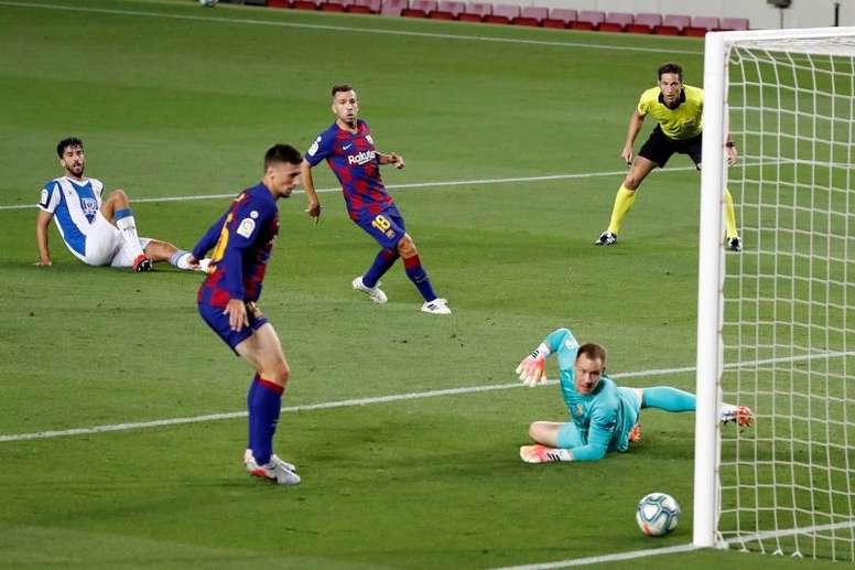 Barcelona ganha com um placar decepcionante. EFE/Alberto Estévez