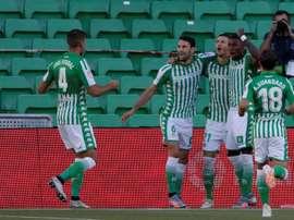 Guido Rodríguez, el ancla de Alexis en el centro del campo. EFE/Julio Muñoz