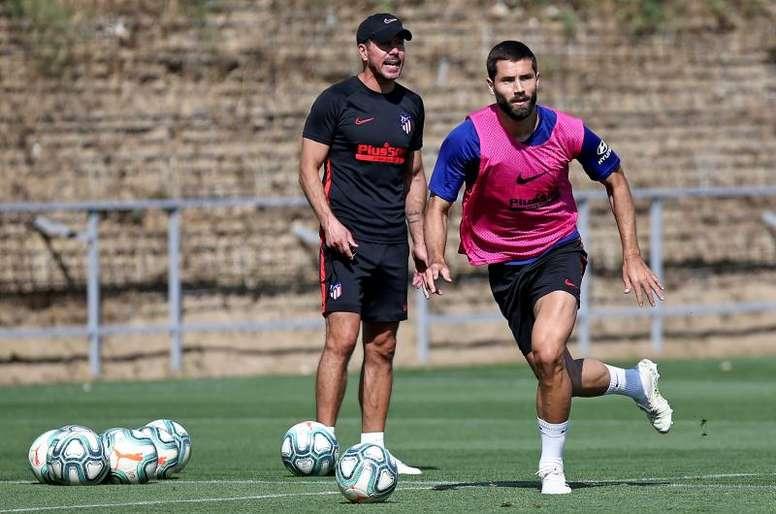 Simeone entrenó sin Oblak, Giménez, Diego Costa, Joao Félix ni Carrasco. EFE