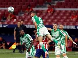 Los defensas de Betis y Alavés suman 14 recuperaciones. EFE