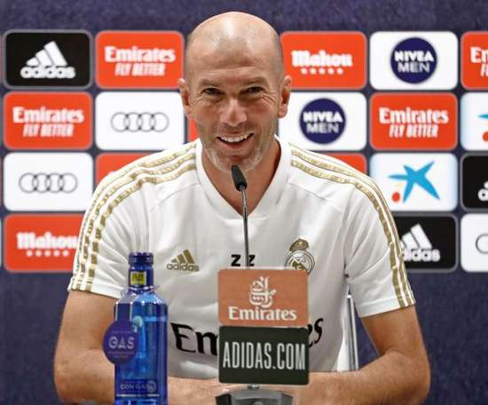 Zidane positif sur Hazard. EFE