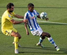 Koeman asked for a striker after beating Villarreal. EFE