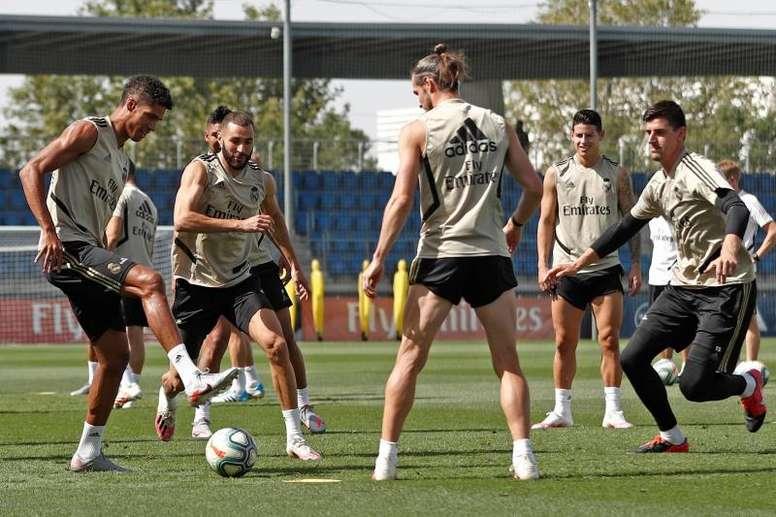 Real Madrid enfrenta o Villarreal na partida que pode garantir o título. EFE/Real Madrid