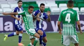 Joaquín, segundo jugador con más partidos en Primera. EFE/Julio Muñoz