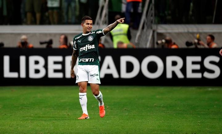 Dudu volta ao Palmeiras, veja os números do atacante. EFE /Paulo Whitaker
